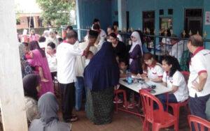 Pelayanan Kesehatan 12 Jan 2014 di Ds. Nagrak-Cibubur